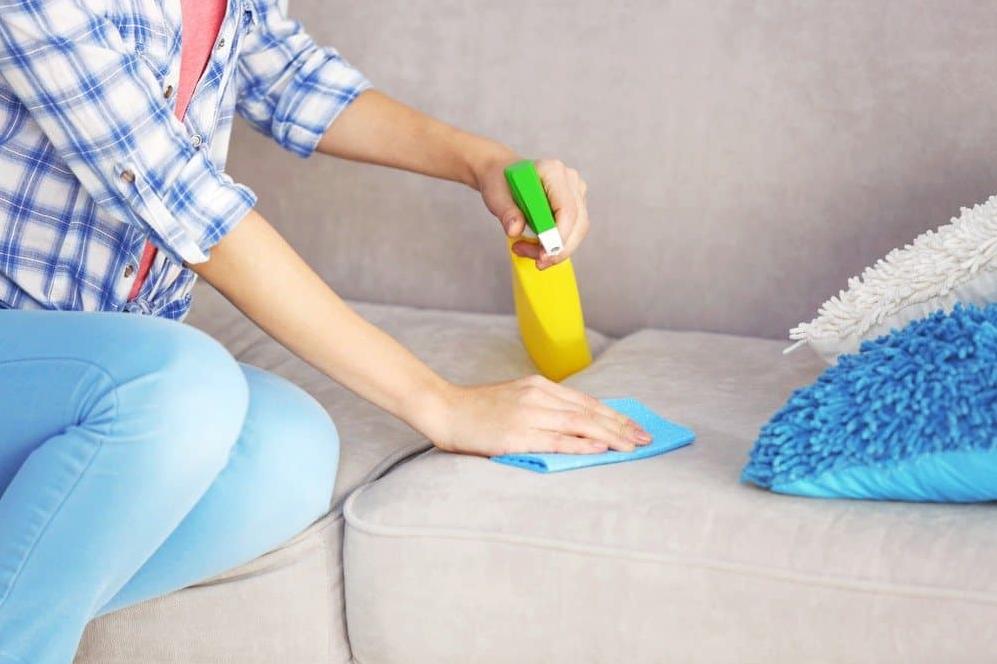 Как можно быстро убрать и очистить квартиру